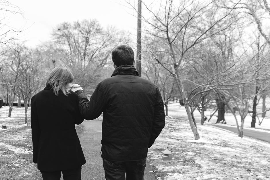 A winter engagement session at the Cleveland Museum of Art with Laura & Fletcher.