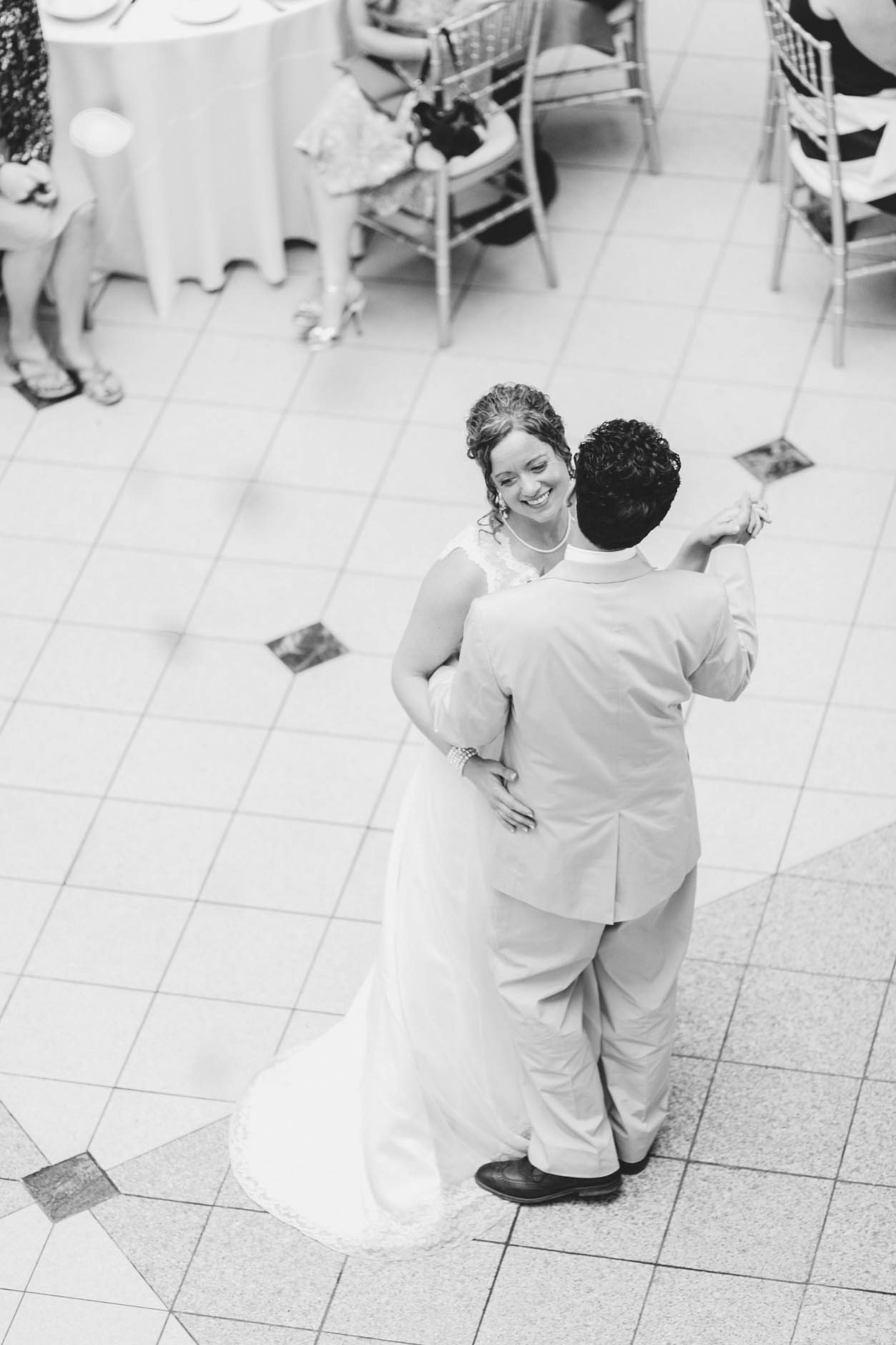 A summer beach wedding at Huntington Beach and the Galleria in Cleveland with Autumn & Josh.