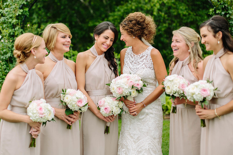 bridesmaids-stan-hywet-hall-gardens-wedding