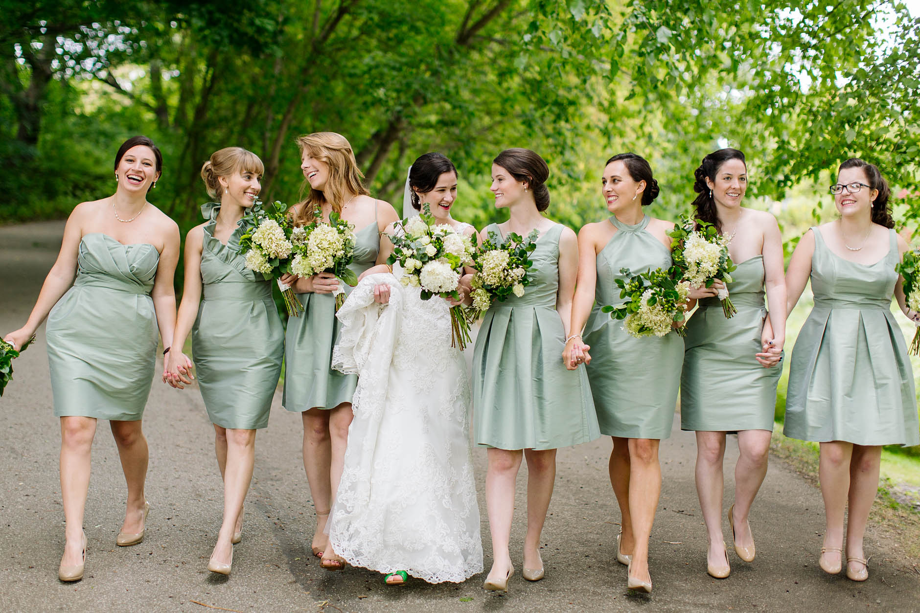 bridesmaids-portraits-wedding