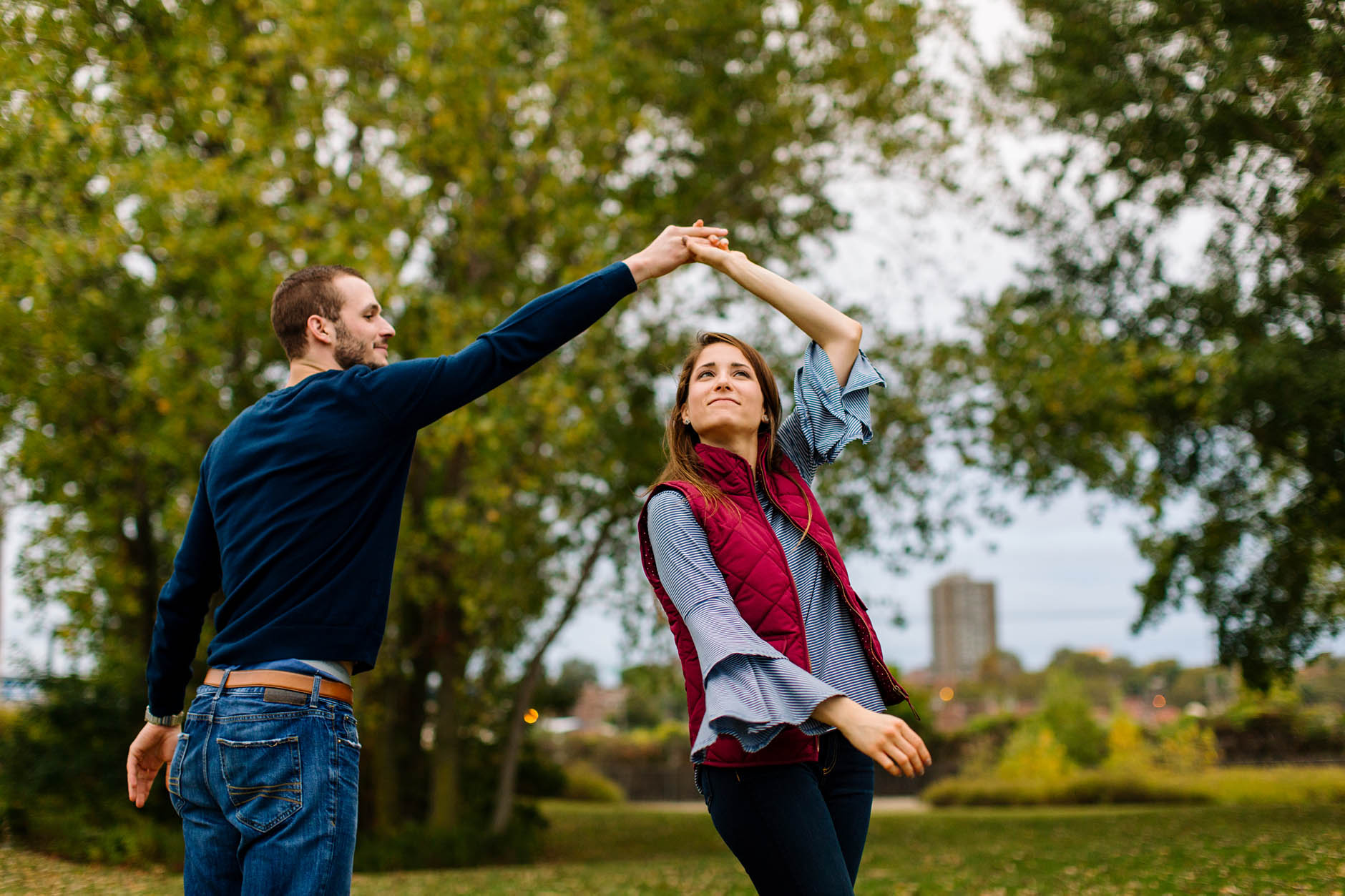 downtown-cleveland-engagement-session